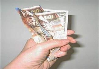 הלוואה מהירה במזומן ביד